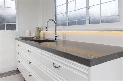 how to backsplash kitchen caesarstone piatra grey by sally steer design wellington 4371