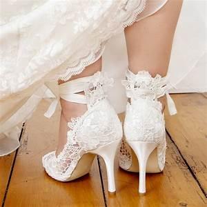 escarpins mariage en dentelle avec ruban instant precieux With magasin de robe de mariée avec bijoux homme argent