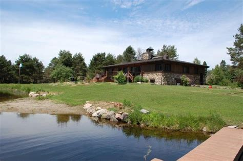 ventes canada laurentides 224 vendre authentique chalet canadien avec maison d amis et 2 lacs