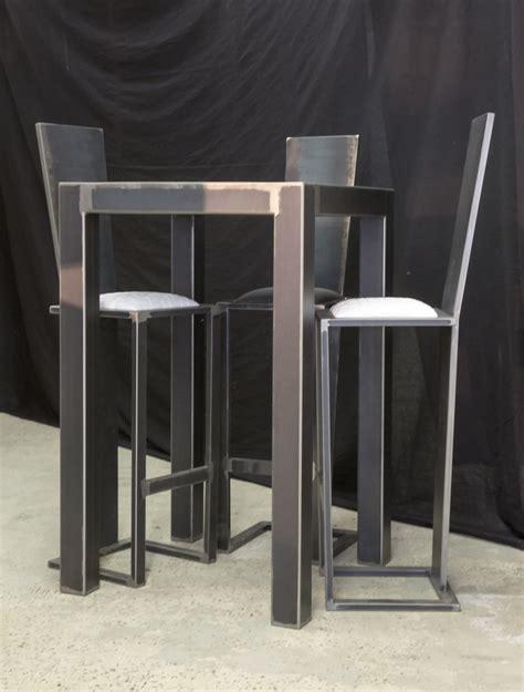 table de bar table de bar loft acier noir terre et metal