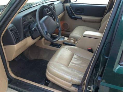 find   jeep cherokee sport xleather seats