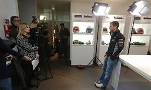 Renault F1 Viry Chatillon : sebastian vettel visite renault sport f1 viry ch tillon groupe renault ~ Medecine-chirurgie-esthetiques.com Avis de Voitures