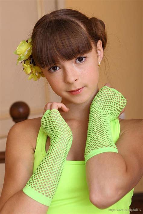 Laura B Naked Sexe Photo