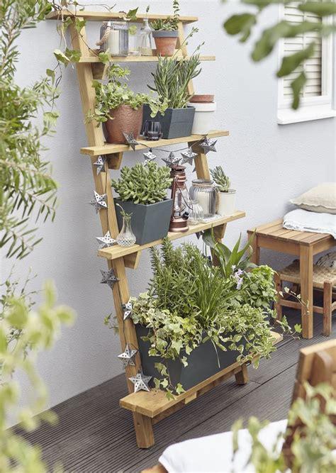 Indoor Vertical Garden by Best 25 Indoor Vertical Gardens Ideas On