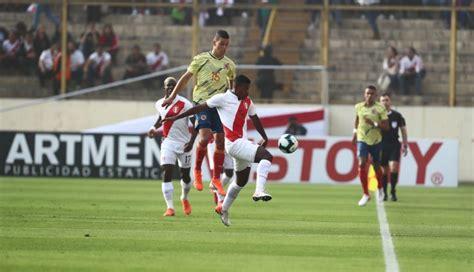 Colombia y perú se enfrentaron en el partido que cerró la tercera jornada del grupo b en el estadio olímpico pedro ludovico de goiania, mientras que el líder, brasil, tuvo asueto y vio por televisión como sigue a la cabeza de la zona con 6 puntos. Perú perdió 3-0 ante Colombia por partido amistoso previo ...