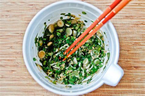cuisiner les oignons condiment aux oignons nouveaux et gingembre recette