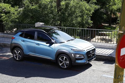 2018 Hyundai Kona First Drive Review Price, Release Date
