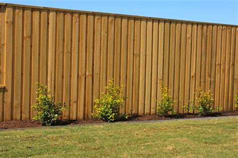 Ship Lapped Timber by Timber Pailing Fence 1 Backyard Ideas In 2019 Timber