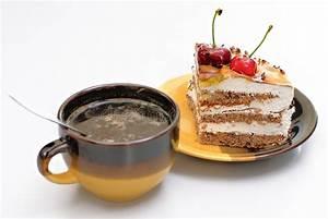 Kaffee Und Kuchen Bilder Kostenlos : kaffee und kuchen stockbild bild von backen kaffee kuchen 5122989 ~ Cokemachineaccidents.com Haus und Dekorationen