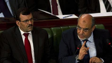 tunisie ali larayedh des ge 244 les de ben ali au premier minist 232 re l express