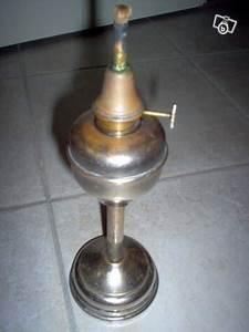 Lampe Haute Sur Pied : ancienne lampe pigeon sur pied dite de notaire xix offre haute loire 43100 30 ~ Teatrodelosmanantiales.com Idées de Décoration