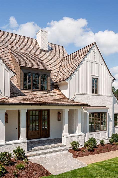 modern farmhouse exterior  classic elements