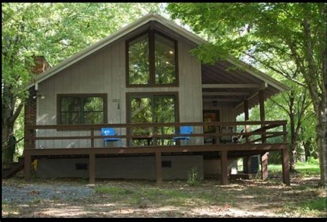kentucky lake cabin rentals 10 relaxing cabins in kentucky for a weekend getaway