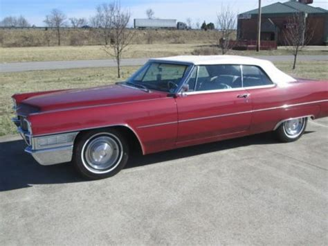 sell   maroon cadillac deville convertible  bowling green kentucky united states