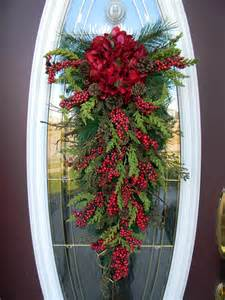christmas teardrop swag door decor seasons by anextraordinarygift