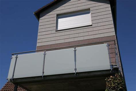 balkongeländer aus glas balkongel 228 nder aus edelstahl mit sicherheits glas