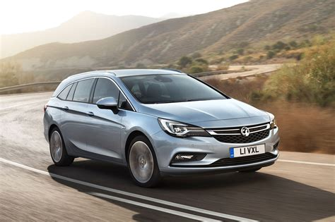 opel astra vauxhall astra sports tourer estate boots up at frankfurt