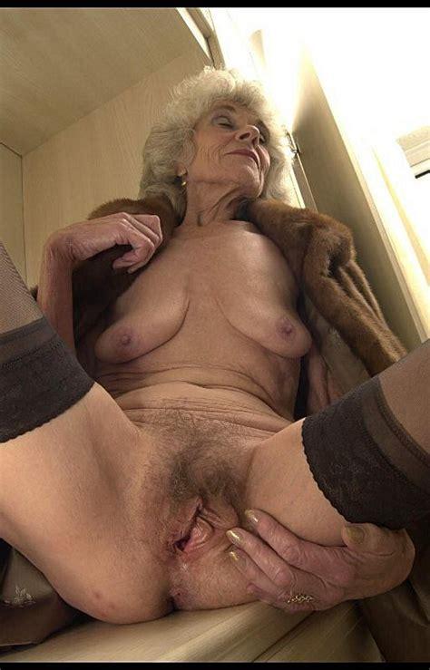 Wonderful Granny Torrie Mature Porn Photo