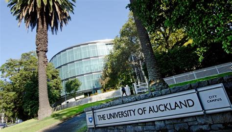 auckland university zealand nz universities campus student students ranking uoa far staff senior sign newshub latest employer denies silencing misogynistic