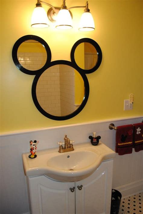 decoration mickey chambre 32 best disney bathroom images on disney house