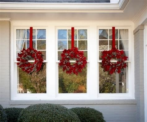 christmas wreaths for windows wreaths at each window christmas ideas pinterest
