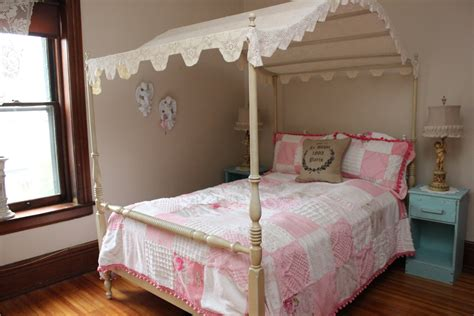 Girl Twin Canopy Bed Pinky Girls Twin Canopy Bed Modern