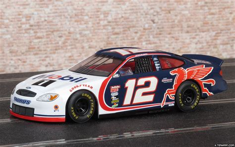 Scalextric C2279 Ford Taurus - #12 Mobil 1. Jeremy ...