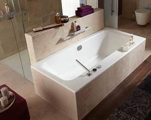 agencer une salle de bains avec une douche et une baignoire With porte de douche coulissante avec meuble salle de bain forme arrondie