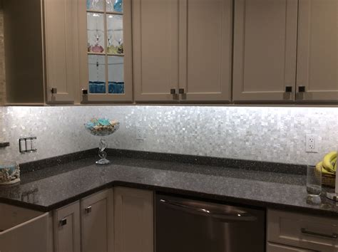 Square Tile Backsplash : White Square Groutless Pearl Shell Tile