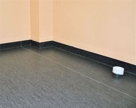 Commercial vinyl, Borders, features and coving, Types of