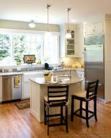 kitchen designs with islands for small kitchens 25 best small kitchen islands ideas on