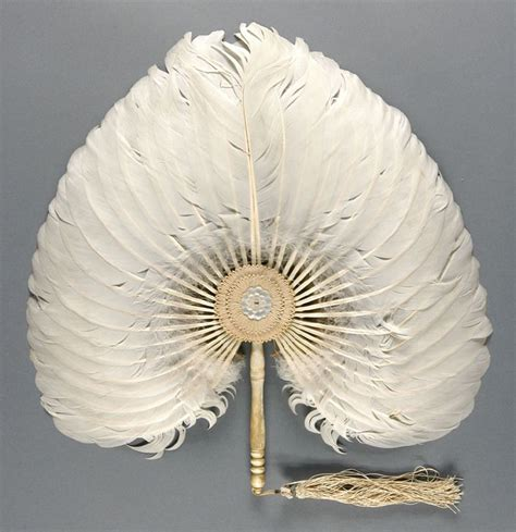 hand fan in spanish 1000 images about hand fans on pinterest spanish