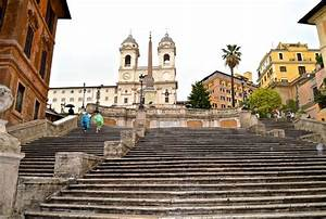 Rome's Spanish Steps closed for restoration