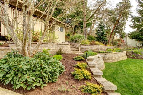 Terraced House Backyard Ideas by 50 Backyard Retaining Wall Ideas And Terraced Gardens Photos
