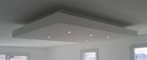 hauteur de hotte de cuisine bricolage de l 39 idée à la réalisation plafond descendu
