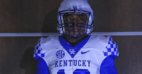 33+ University Of Ky Football  Pictures
