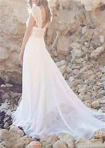 Light Flowy Wedding Dress Bohemian Wedding Ideas Diy Boho Chic Wedding The 36th