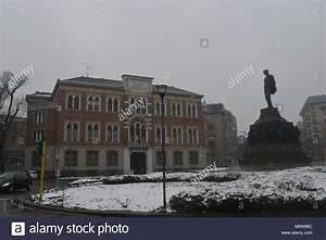 Mailand Im Winter : giuseppe verdi milano stockfotos giuseppe verdi milano bilder alamy ~ Frokenaadalensverden.com Haus und Dekorationen