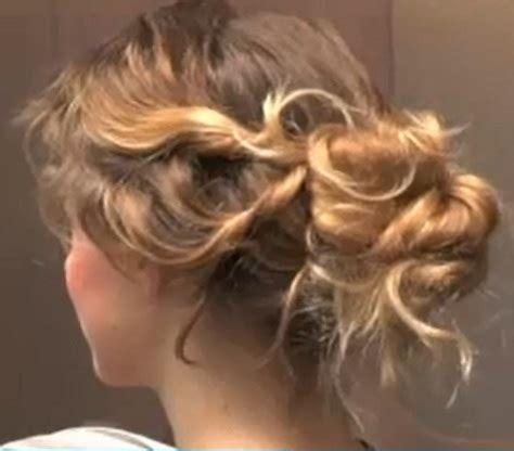 chignons secs comment les cuisiner cheveux bouclés soins astuces pour de belles boucles