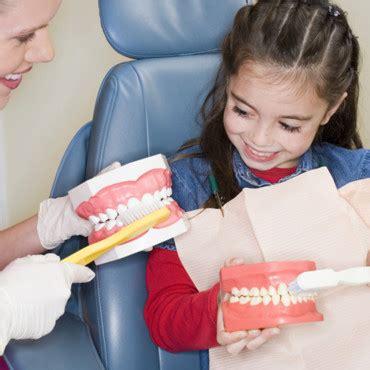 la premi 232 re visite chez le dentiste maman plurielles fr