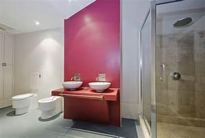 Papier Peint Pour Salle De Bain : peinture ou papier peint que choisir pour sa salle de ~ Dailycaller-alerts.com Idées de Décoration