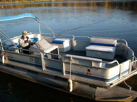 table rock lake pontoon rentals table rock lake boat rentals at hickory hollow resort