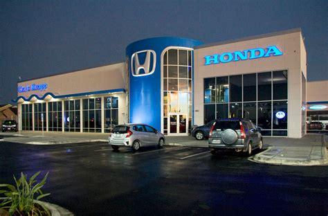 Honda Dealership Showcases Signature Design Clad In Alucobond