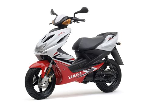 Yamaha Aerox by 2008 Yamaha Aerox R Scooter Pictures Specifications