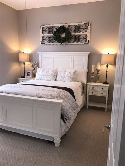 sherwin williams paint color versatile gray shabby chic farmhouse style merged with a coastal flare color is versatile gray from sherwin