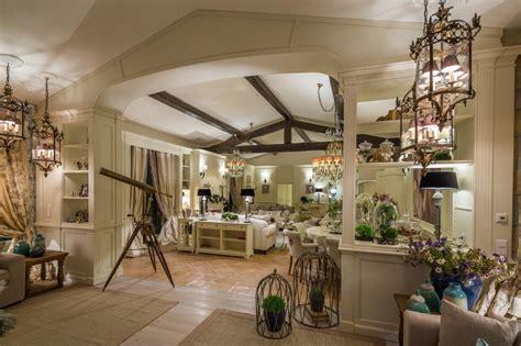 seaside home interiors stil provensal provence coasta de azur masha verhoogt