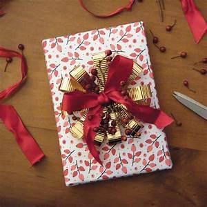 Comment Emballer Un Cadeau : comment faire un paquet cadeau marie claire ~ Melissatoandfro.com Idées de Décoration