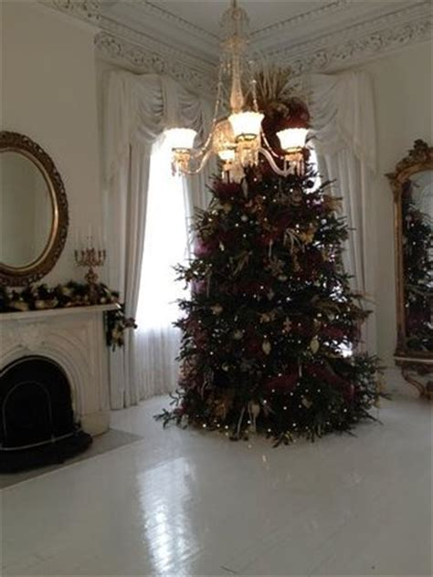 christmas tree what of tree christmas tree in the white ballroom picture of nottoway 3603