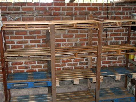 pallet shelves 3 steps