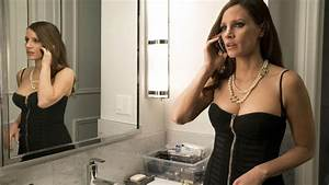 MOLLY'S GAME Review: A Sure Bet With Jessica Chastain ...